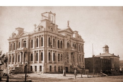Holmes Co. Courthouse - Then and Now