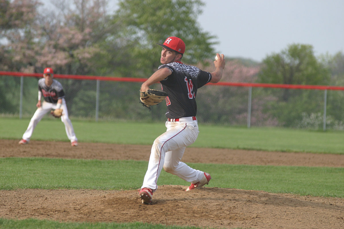 Hiland outlasts Garaway to hit 50 straight in IVC
