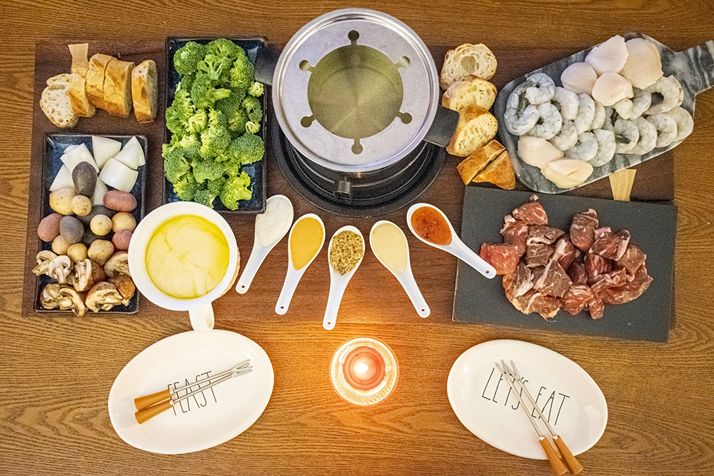 vintage fondue night
