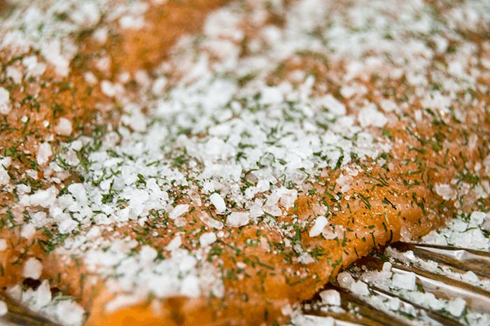 Gravlax hovm stars s croustades the starving chef blog for Salt cured fish
