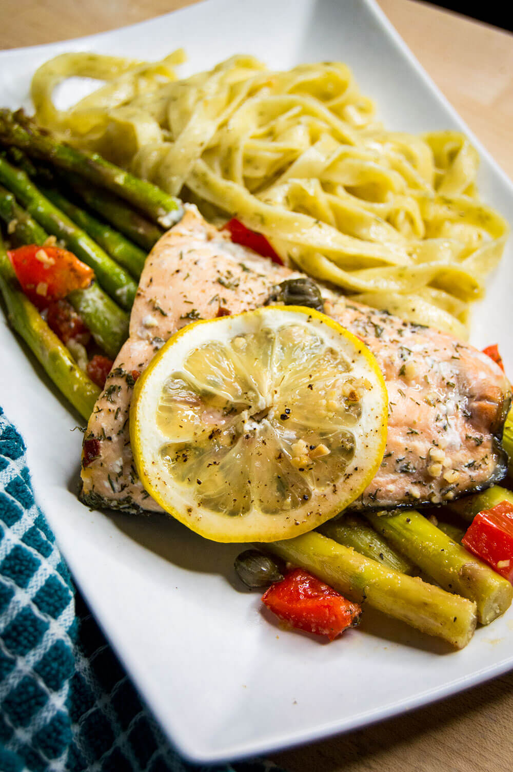 Lemon Dill Salmon with Capers & Asparagus