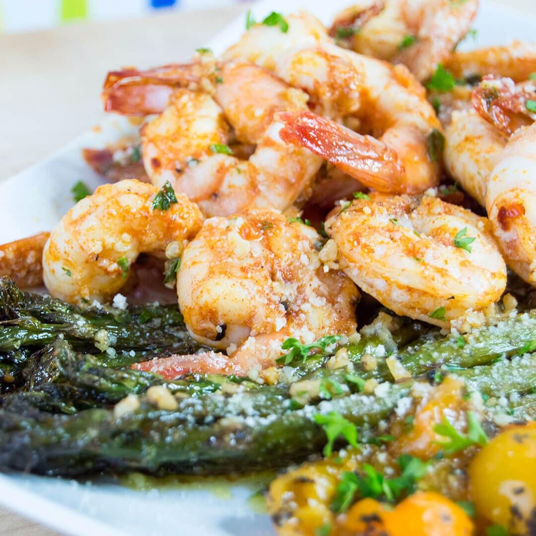 One Pan Sriracha Honey Shrimp & Asparagus | 20 Minute Meals